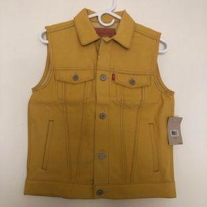 NWT Levi's Yellow Vest